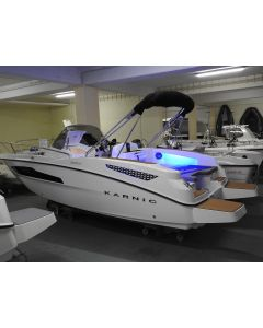 Motorboot Karnic SL 601 Neuboot mit super Sonderausstattung und Yamaha F175CETX-EFI ( elektrische Schaltung) und Brenderup 2000kg Neuboot LAGERBOOT